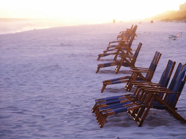 Destin, FL Beach at Sunset. Courtesy Flickr.