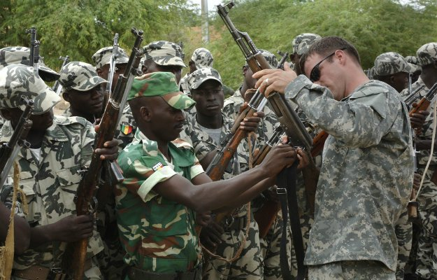 A U.S. soldier on a training mission in Africa. (U.S. Army)