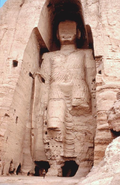 Taller Buddha of Bamyan before 2001 (James Gordon, Wikimedia)