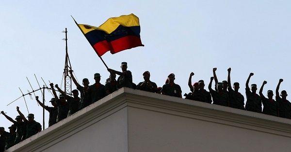 Image from the 2002 coup against Venezuelan President Hugo Chavez (Telesur)
