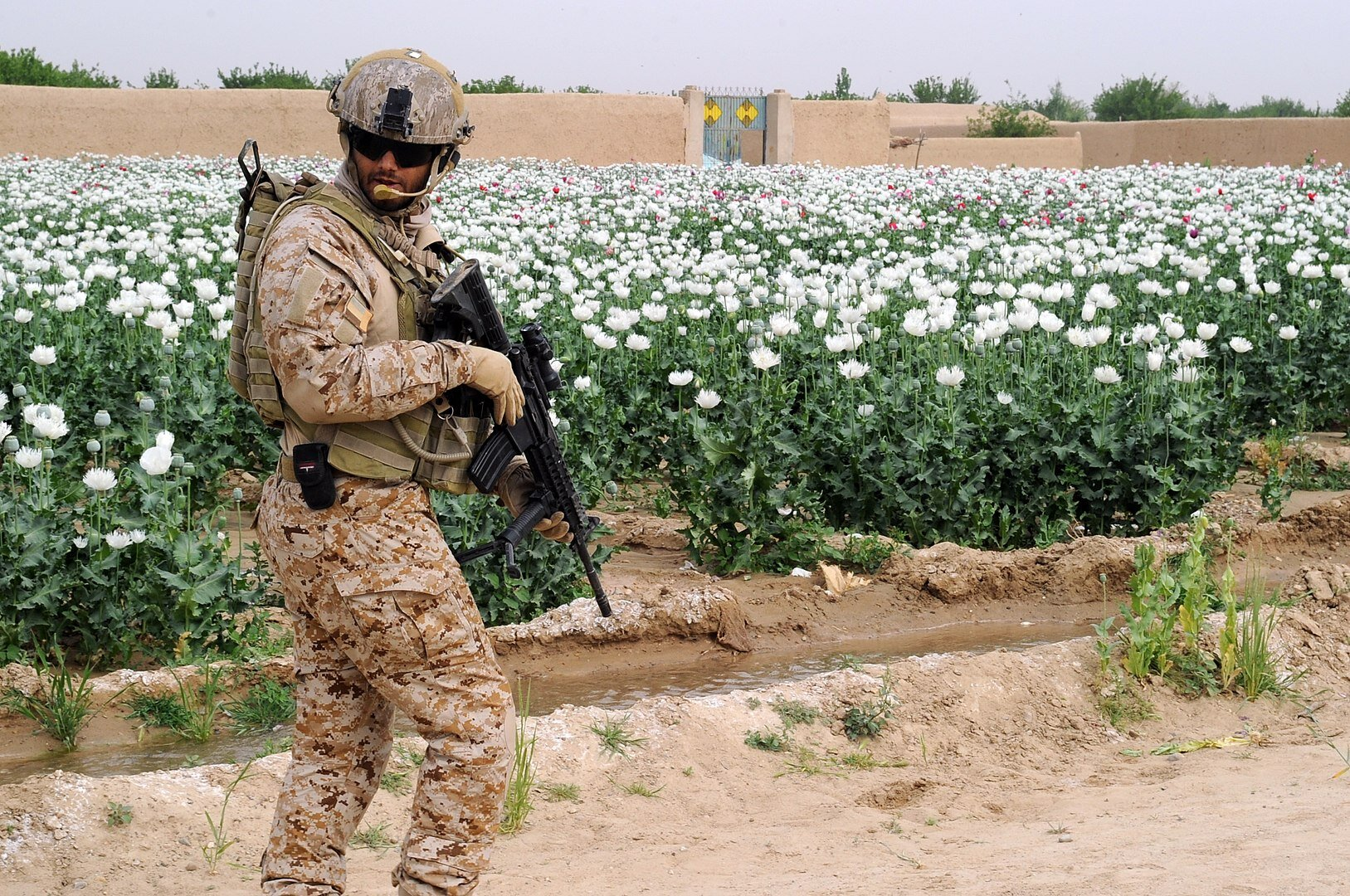 A UAE Armed Forces soldier patrols a village in Afghanistan on April 7, 2011. (DoD Photo/Wikimedia)