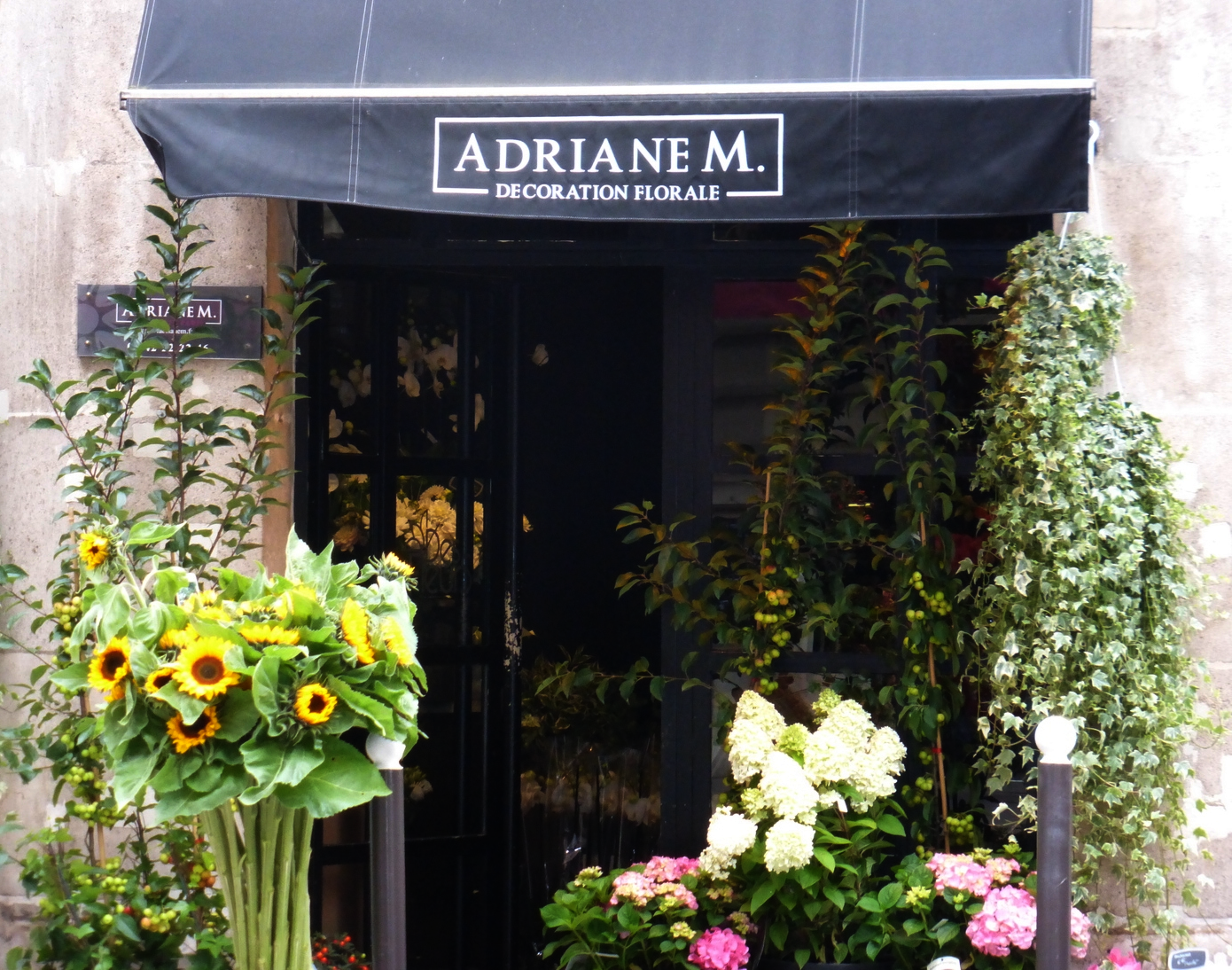 A Flower Shop along the way to the Musee d'Orsay.