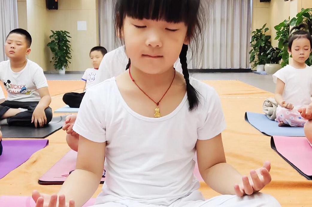 Childrens+Yoga+3.jpg