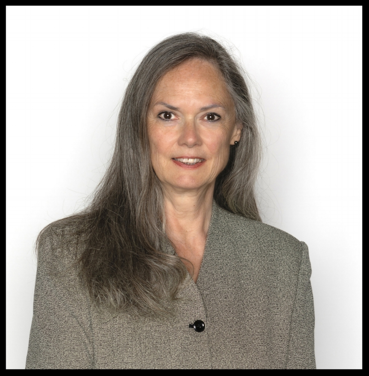 Miriam Brown, CSEO, CEO, CEI - Compliance OfficerViva Escrow! Inc. 136 W. Walnut AvenueMonrovia, CA 91016www.vivaescrow.comEmail: miriam@vivaescrow.comOffice: (626) 584-9999
