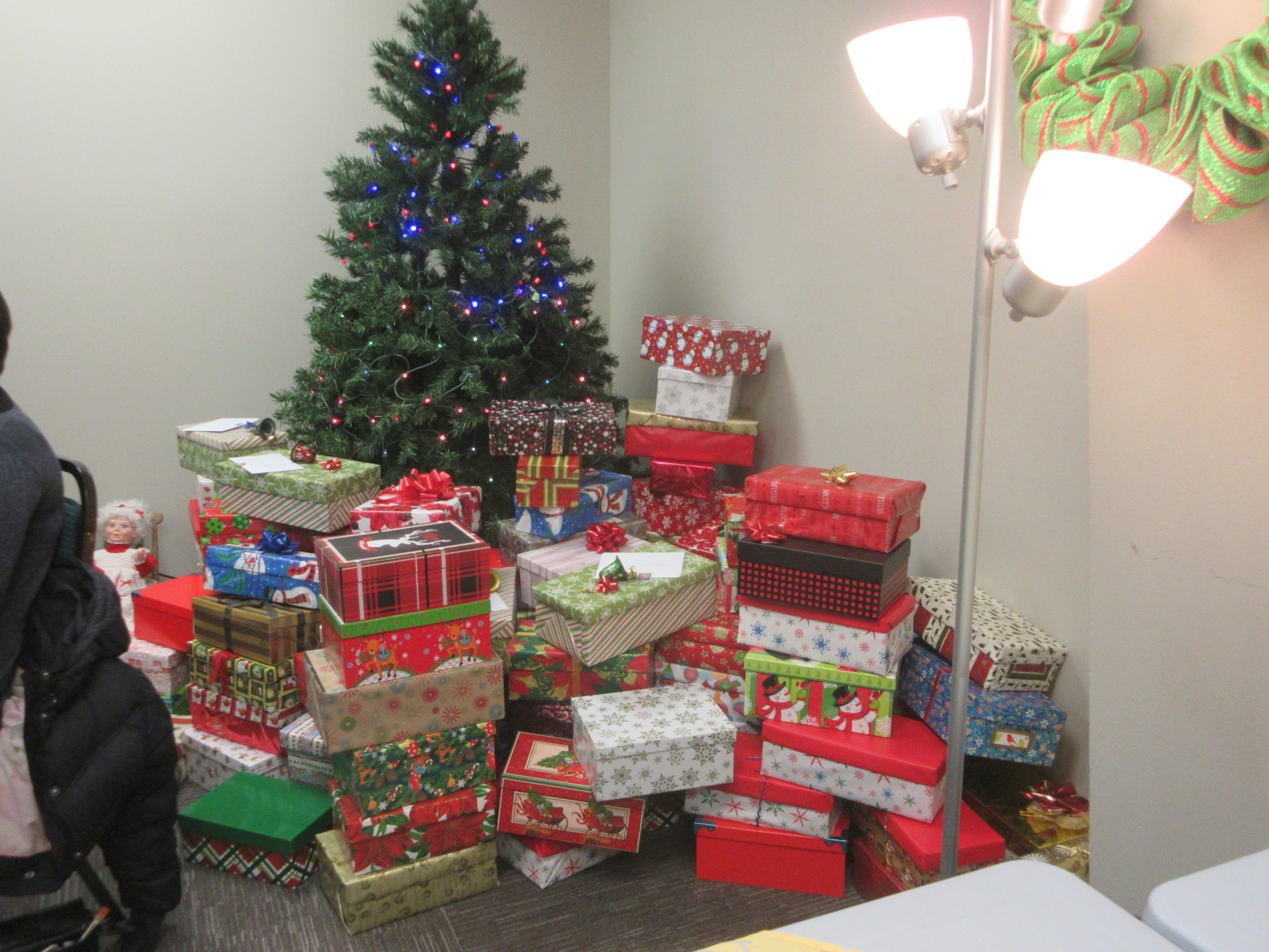 the shoebox project - gifts for women-in-need