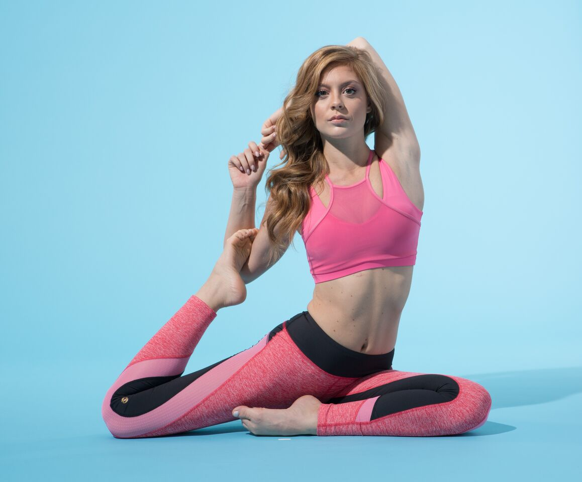 fitness model yoga