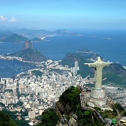 256px-Rio_de_Janeiro_Helicoptero_47_Feb_2006_cuadrado.jpg