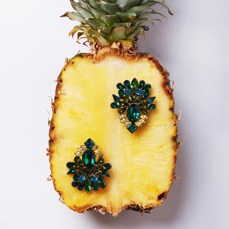 20141029_Pineapple_earrings_web 2.jpg