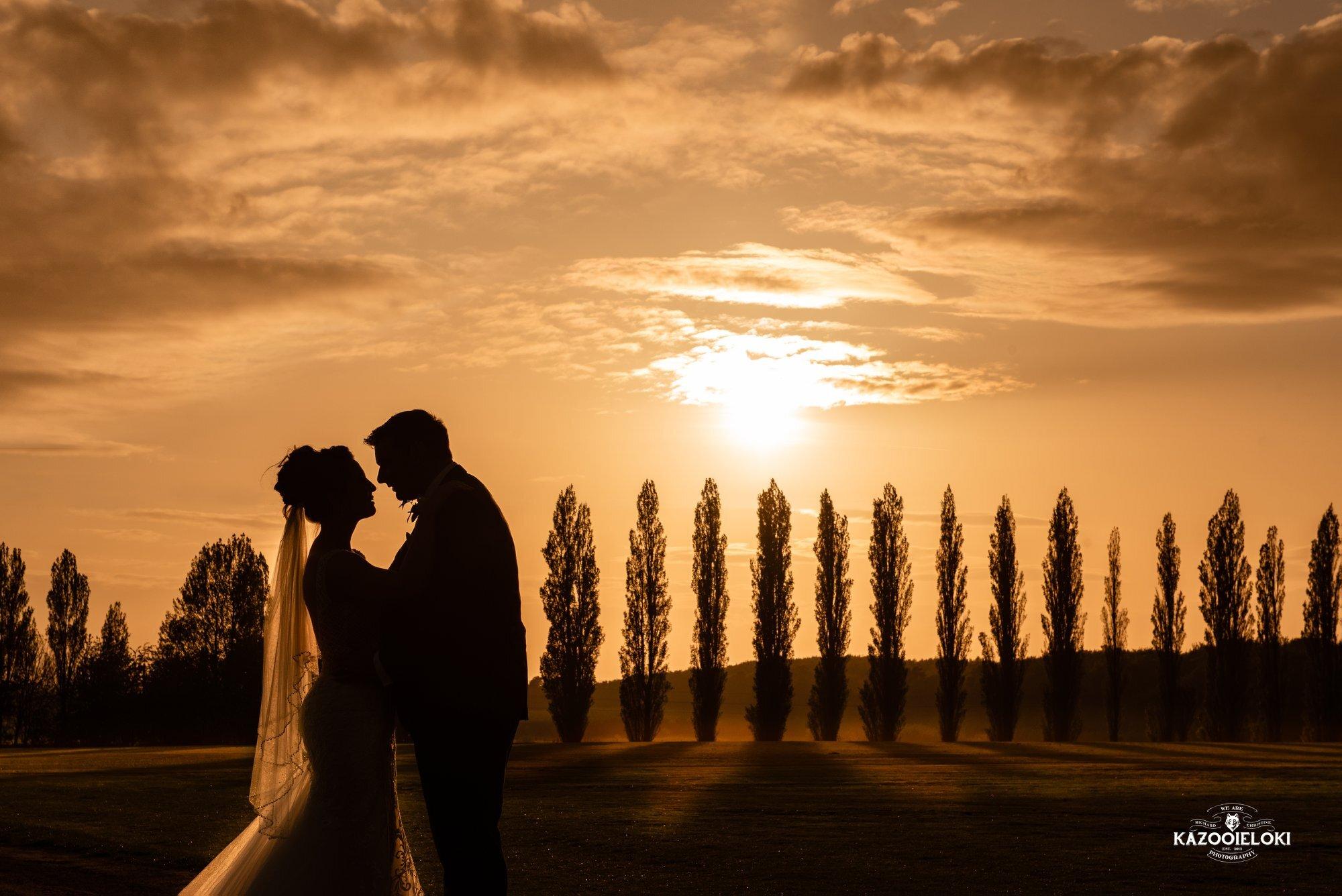 Victoria & Jack poplar sunset (Kazooieloke).jpg
