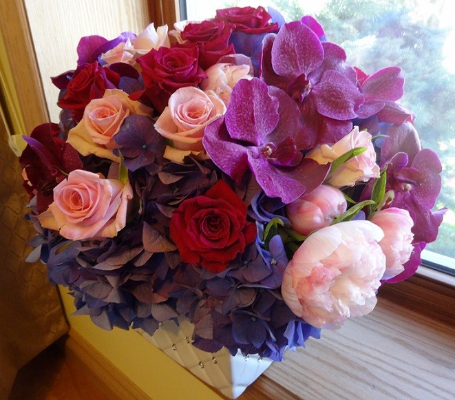 mothers day arrangement.jpg