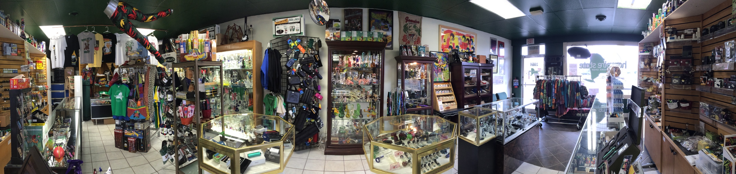 Hempire Smoke shop has both tobacco accessories and vaping accessories