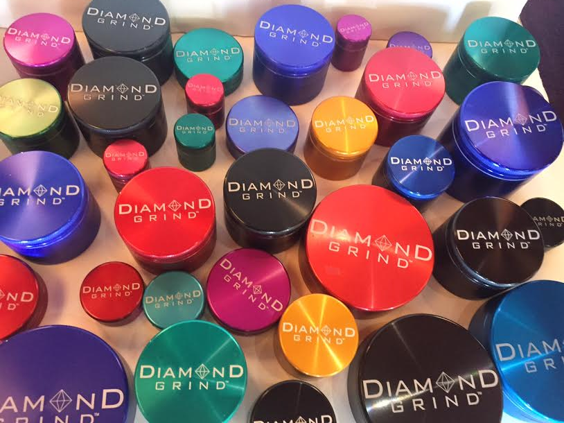 Diamond Grind Grinders come in a variety of colors and sizes