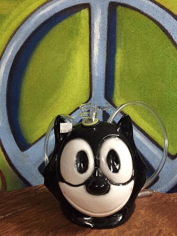 Felix the Cat ceramic water pipe