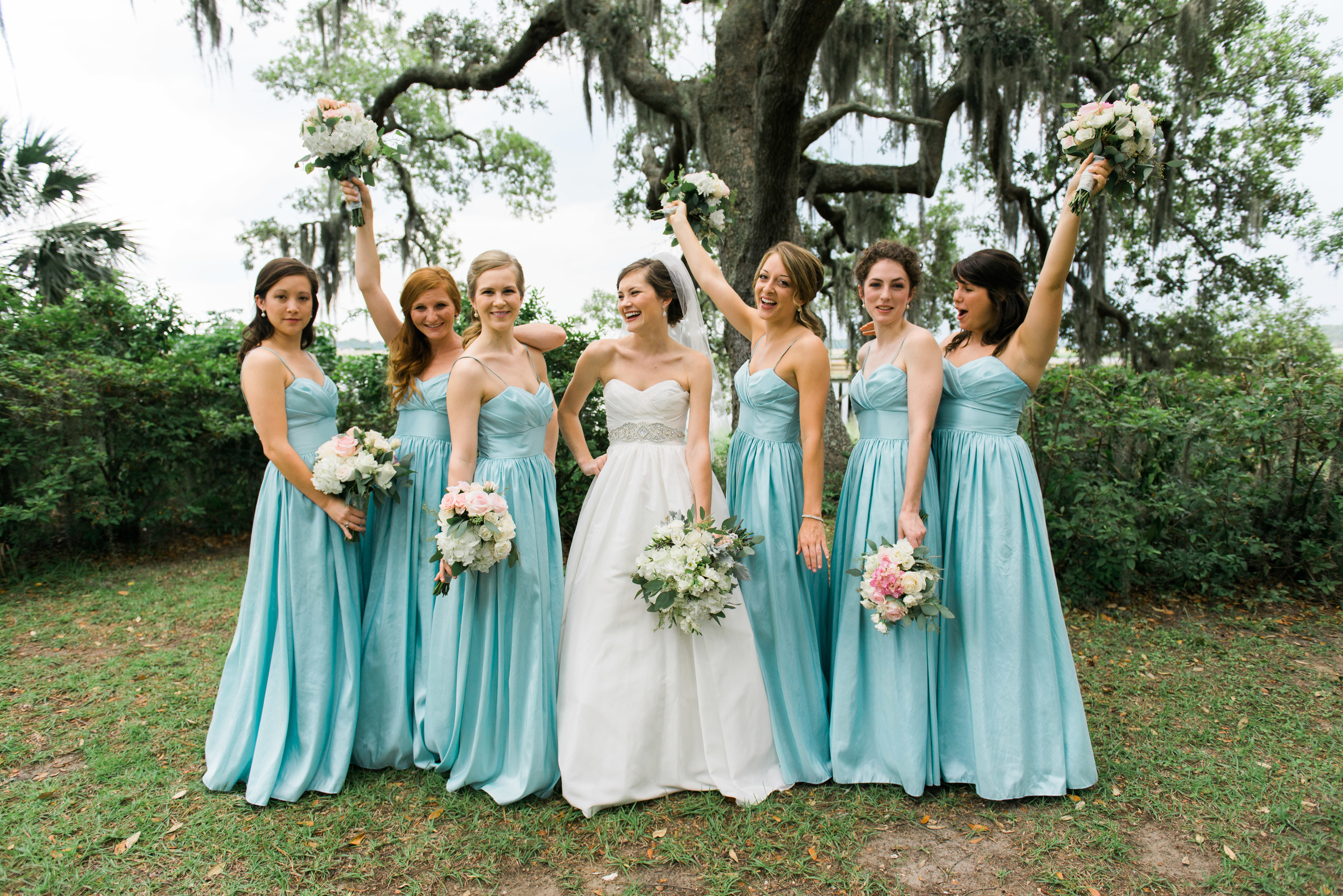 bridesmaids savannah wedding photographer