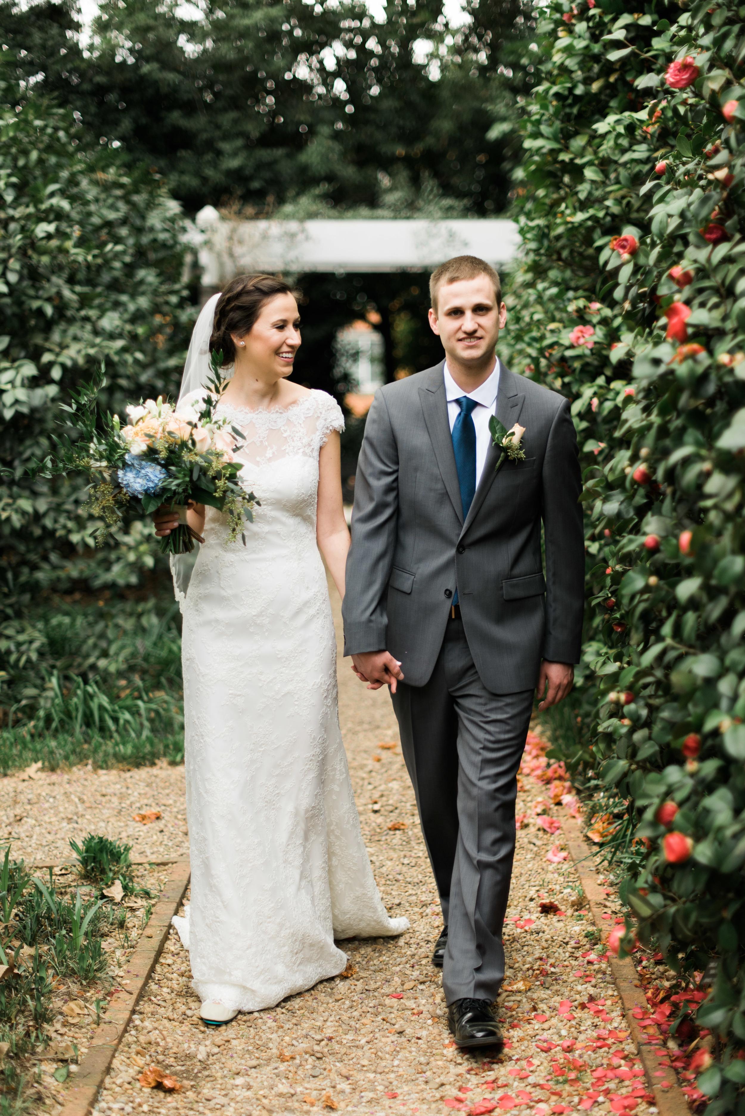 founder's garden uga bride and groom athens wedding photographer