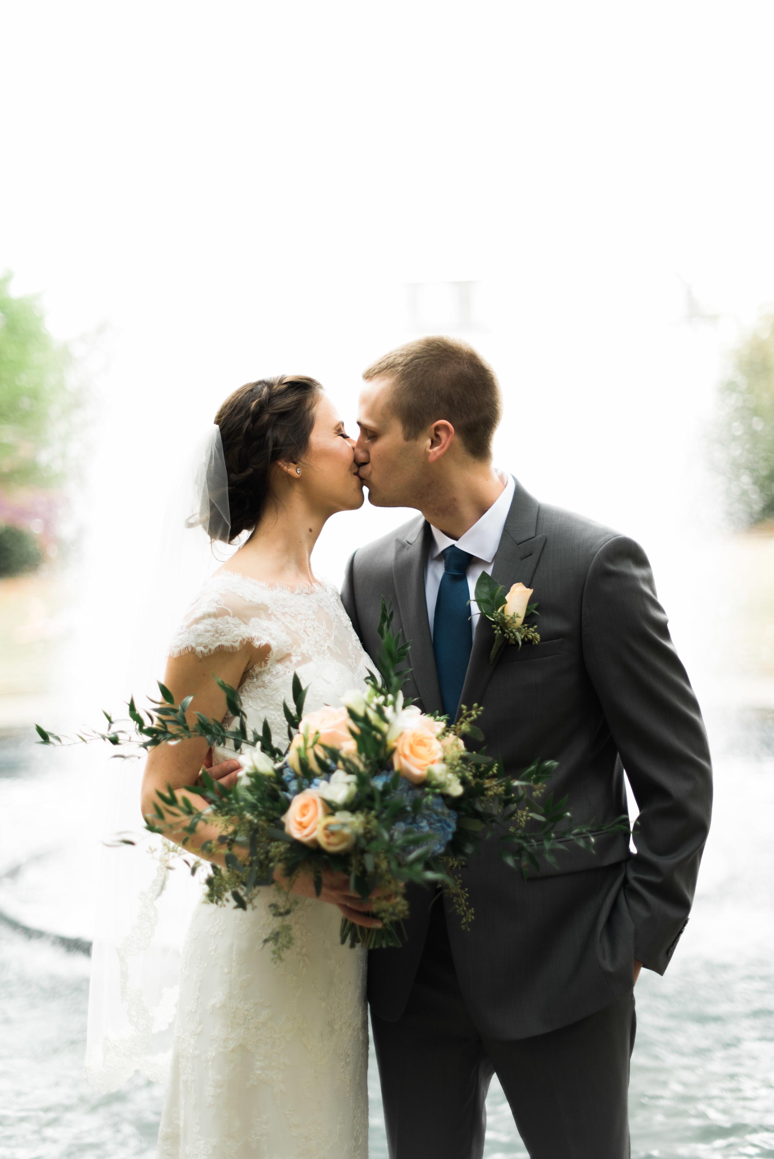 bride and groom fountain uga athens wedding photographer