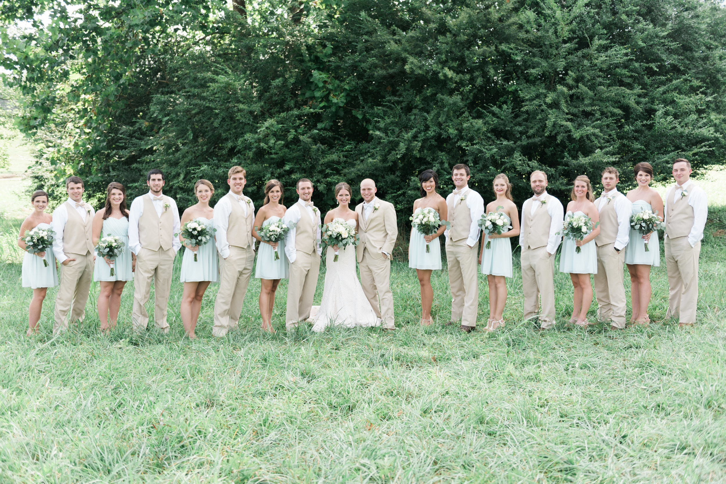 bridal party deep south farm ellijay north georgia atlanta wedding photographer