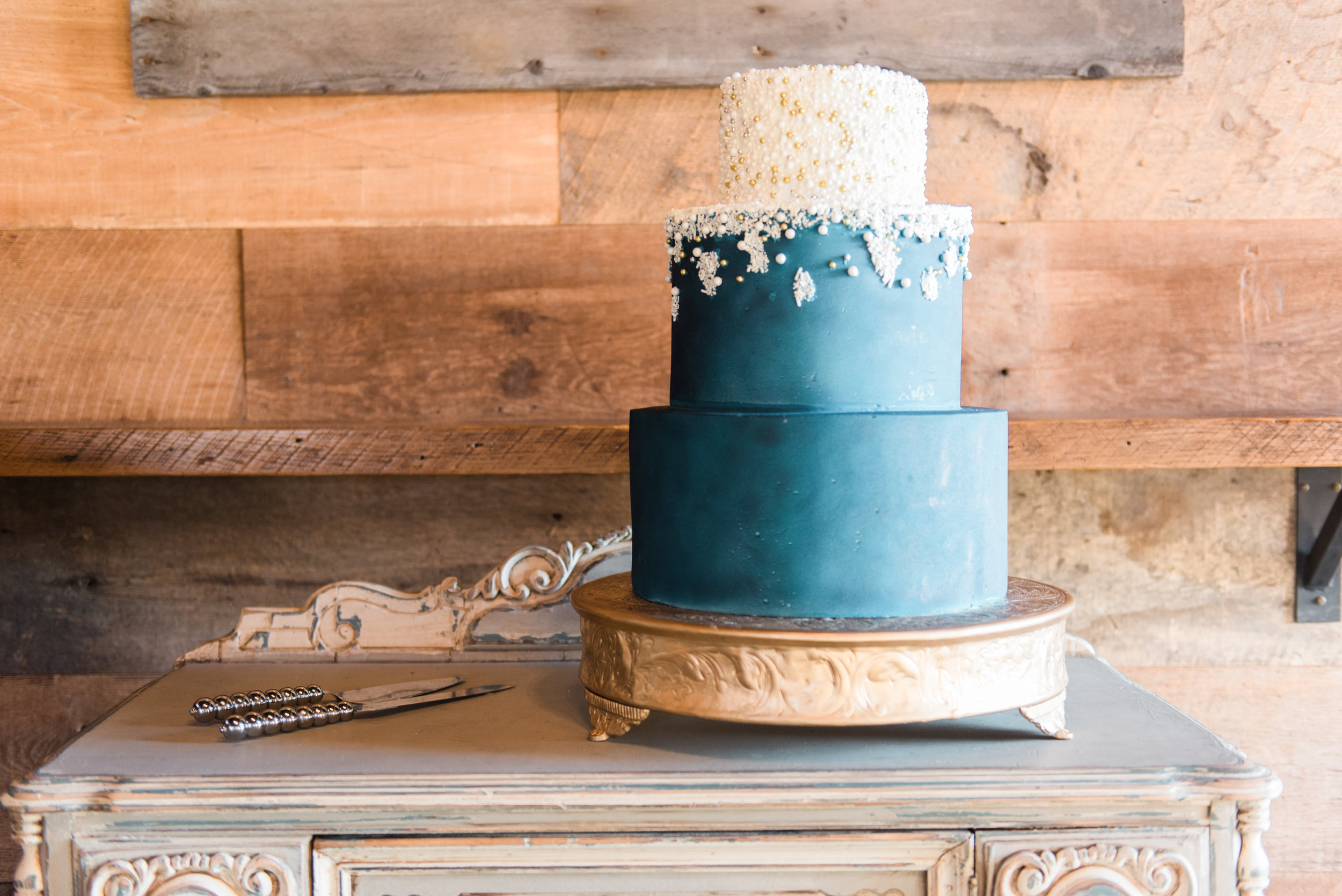 big fake wedding atlanta cake pastry shells