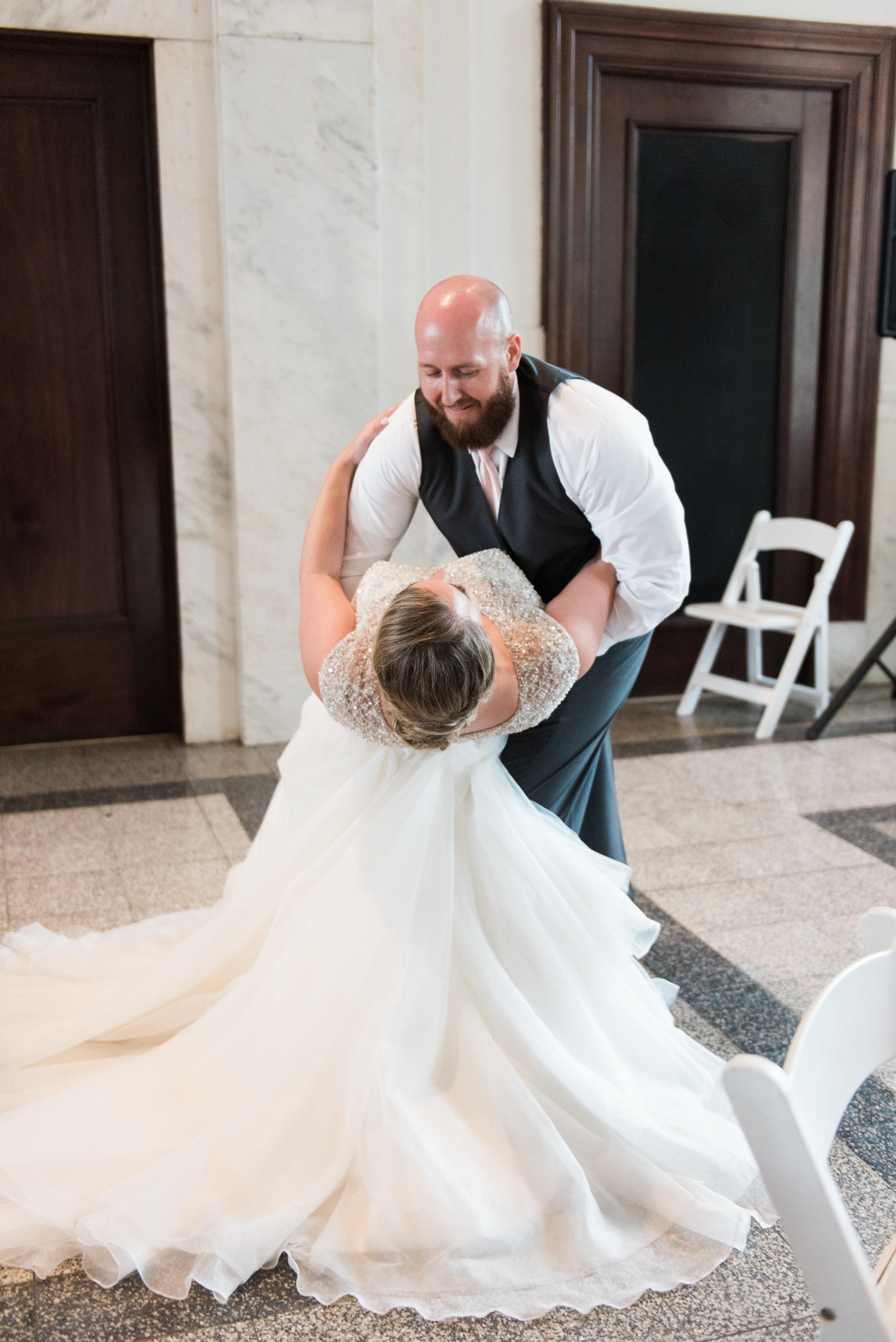 historic dekalb courthouse wedding
