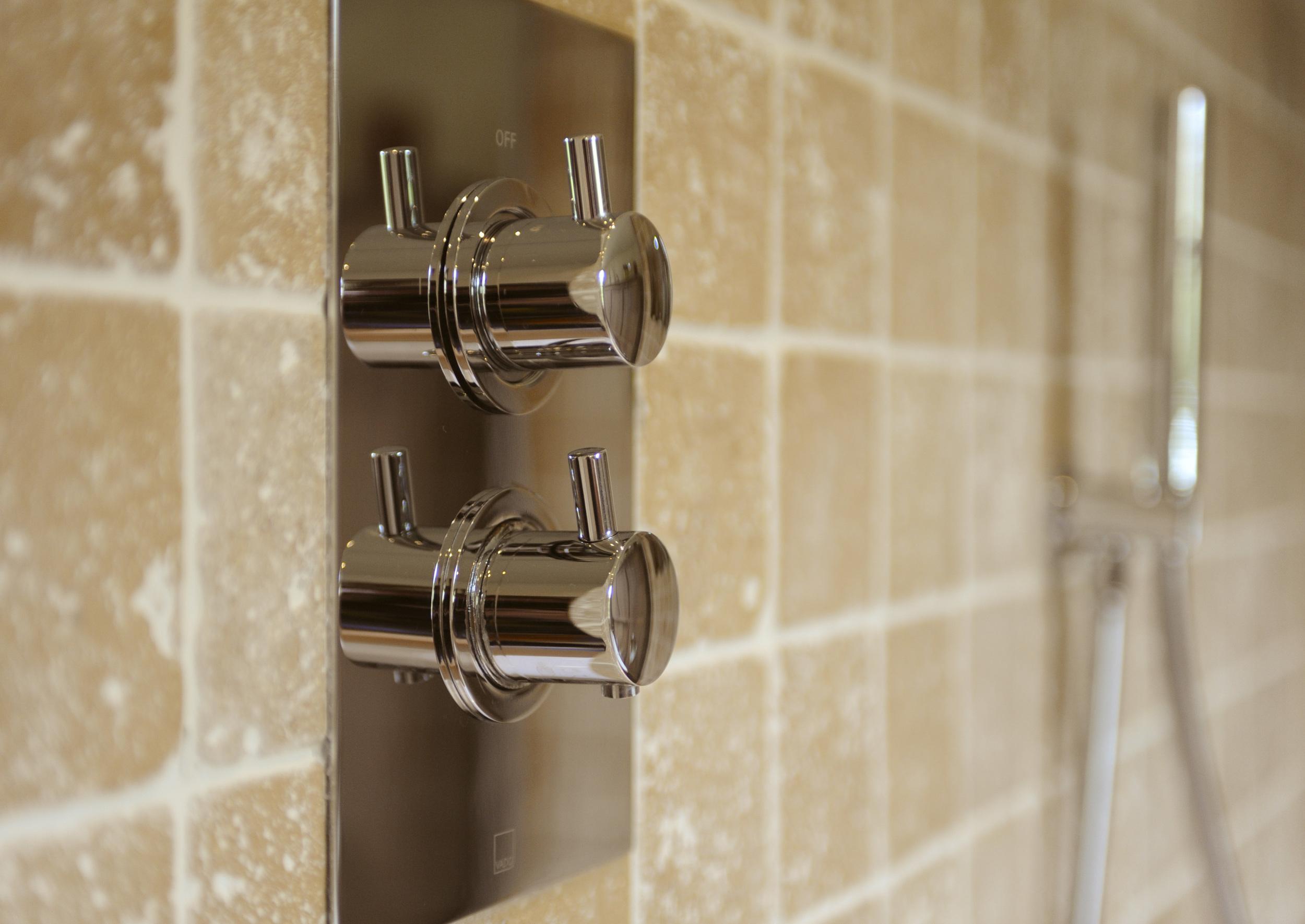 Bathroom_2 Dalrymple 47.jpg