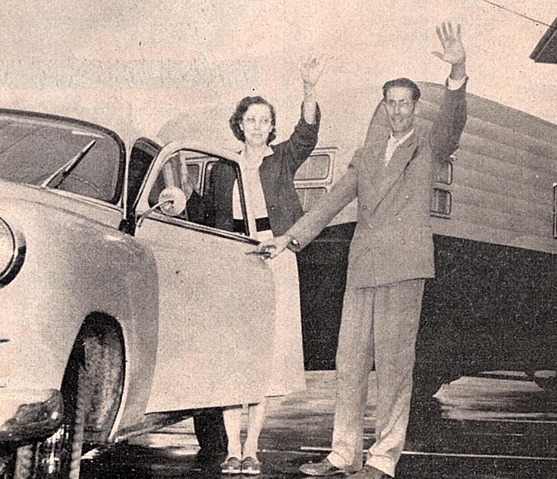 Elder and Mrs.Walter waving goodbye as they leave Glendale, CA for a new mission post among the Navajos
