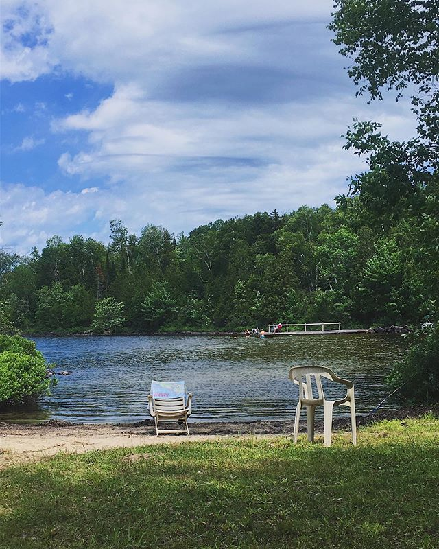 Throwback to last weekend where I mixed up #worklife, #familylife and #lakelife!