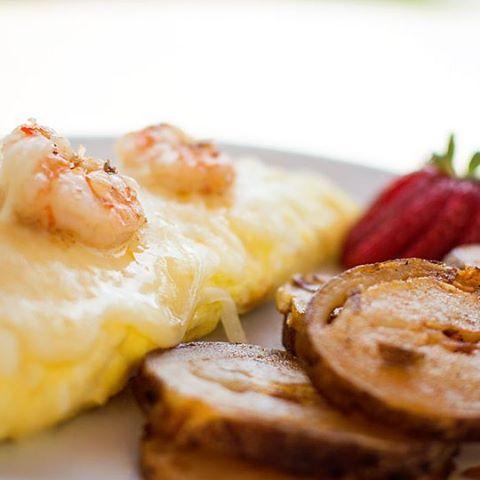 Shrimp Omelette with fresh sliced Potatoes. Serving breakfast from 6:30am thru 11:30am. #nsbbreakfast