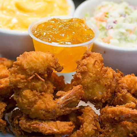 IT'S MONDAY!!!! Come get your fix of $9.95 12 count Fried Shrimp served with your choice of 2 sides. #everyonelovesshrimp #shrimpfordays