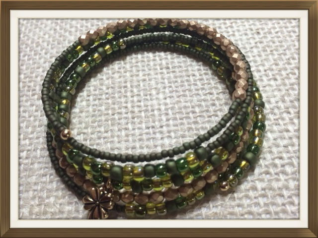 Memory Wire Bangle - Gold Plated Shamrock Charm, Miyuki Seed Beads, Delicas and Fire polished Glass Beads