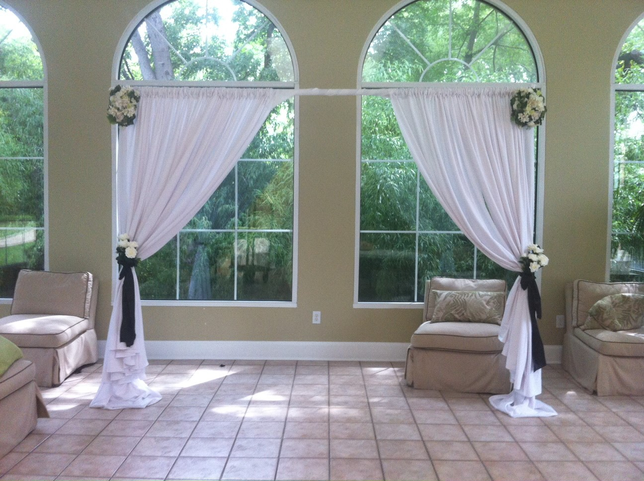 pipe and drape arch.jpg