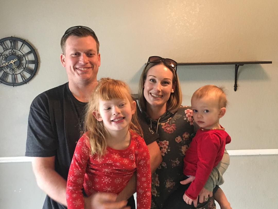 Congratulations to the DeKoning Family who kicked of the new year with a new home🏠❣️ They bought a fixer, cant wait to see the transformation! 🌞🌴  #homesbydkcowles   #dkfindshomes  #dkdeliversthedream