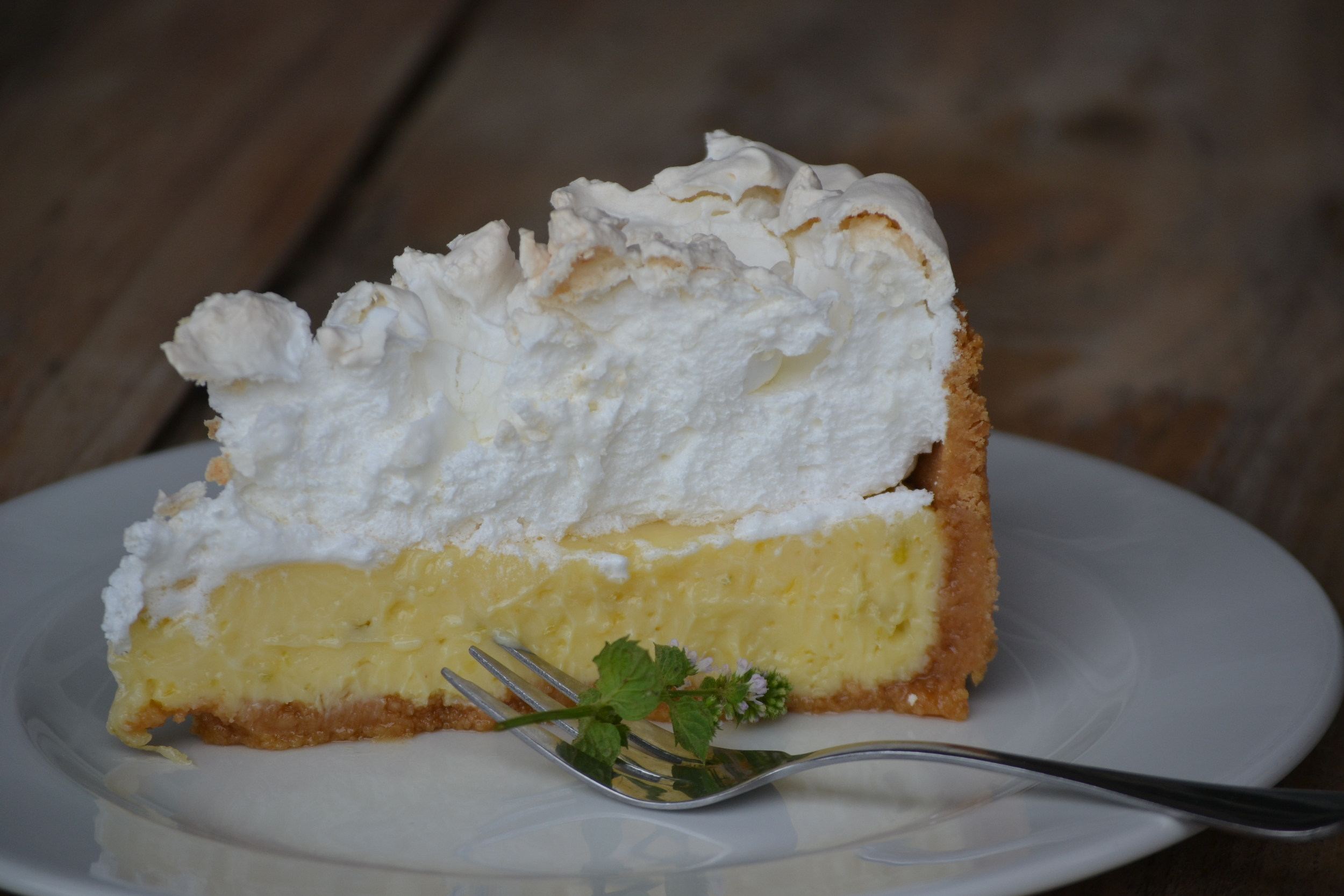 Lemon Merengue Pie