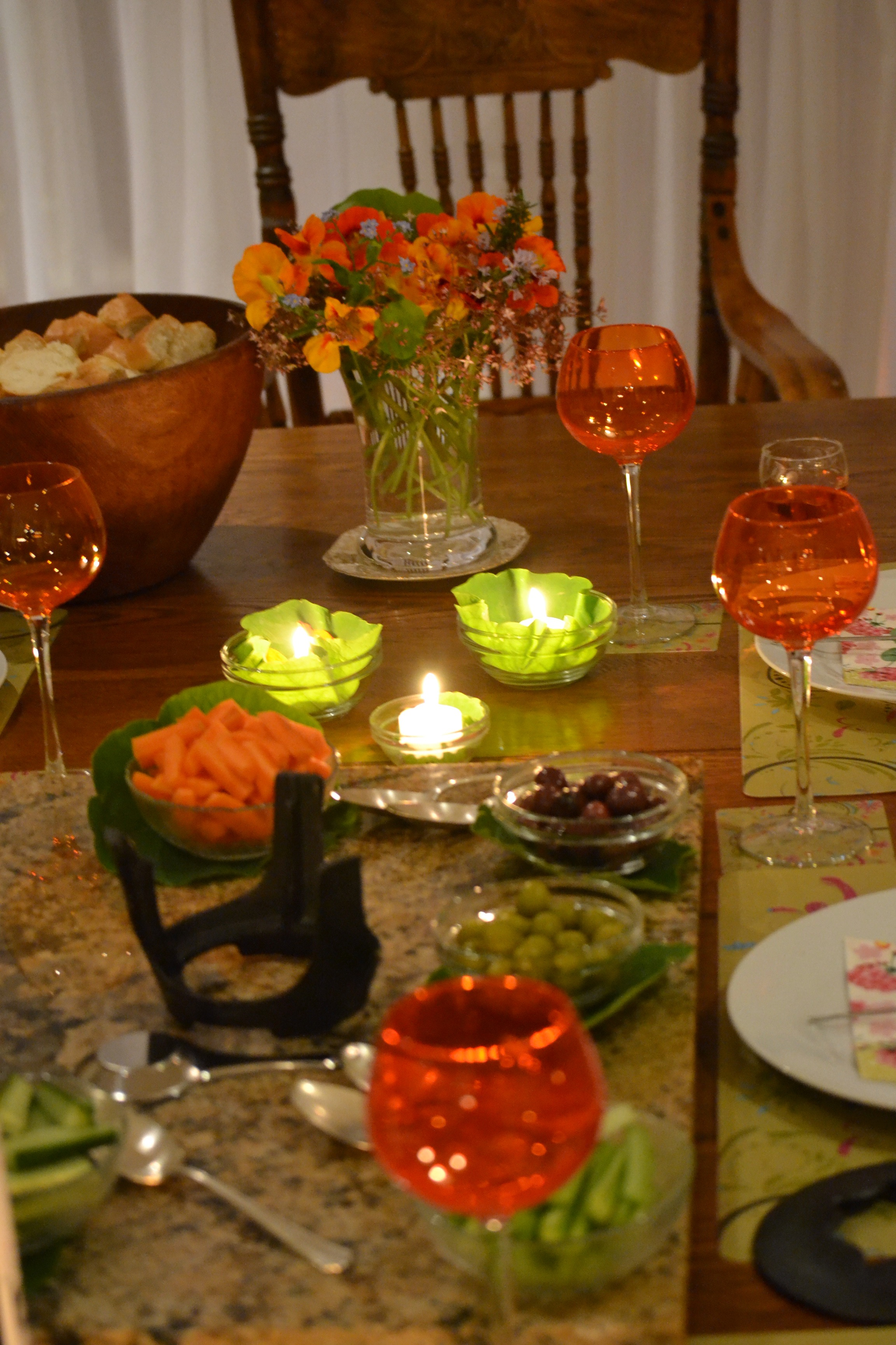 nasturtium table setting