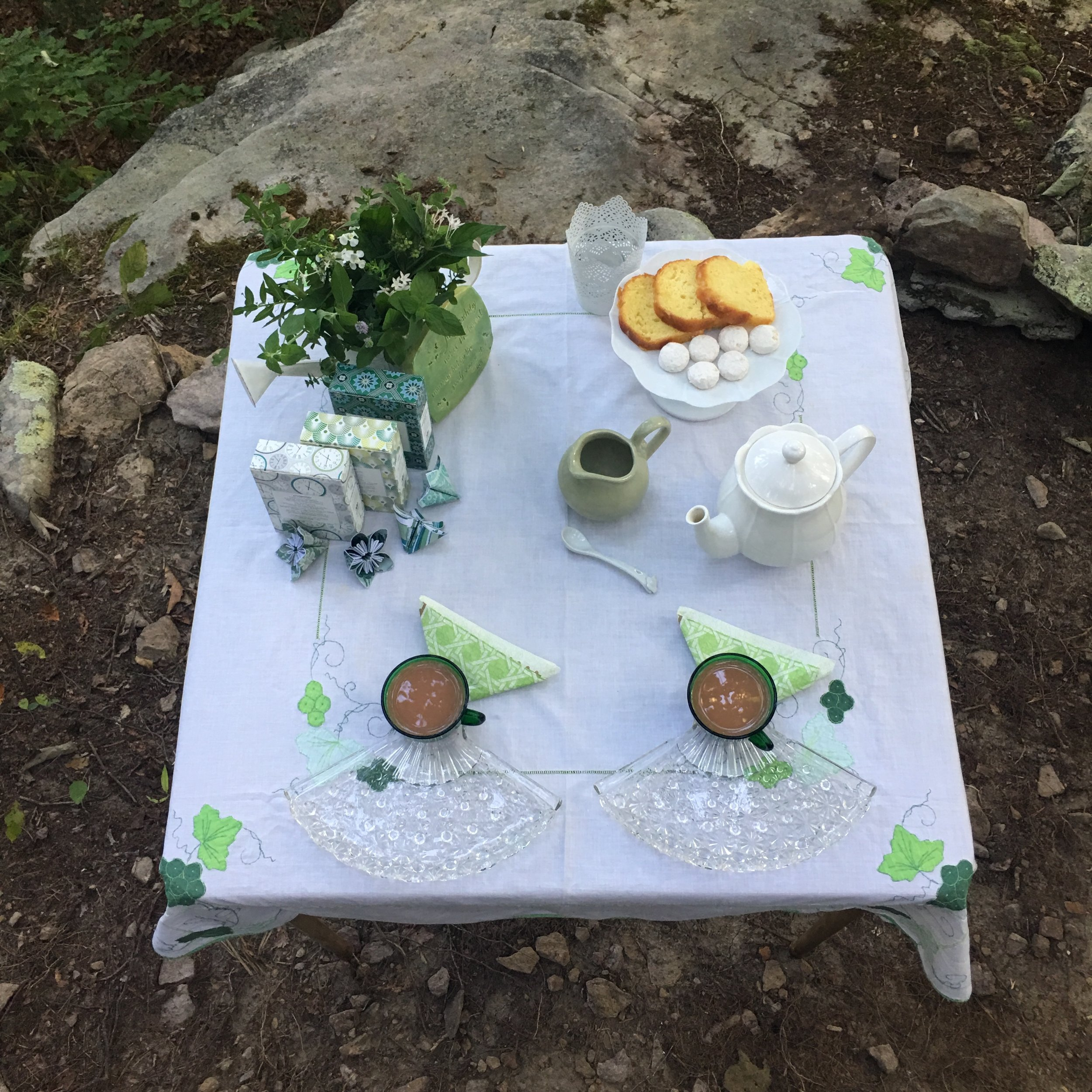 tea for two in the woods