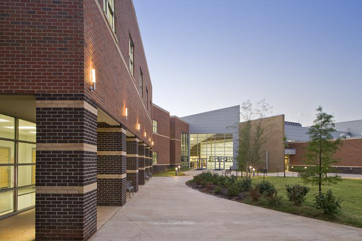 John Marshall Highschool.jpg