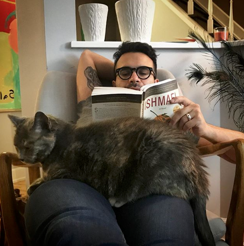 Darwin and Omar reading.png