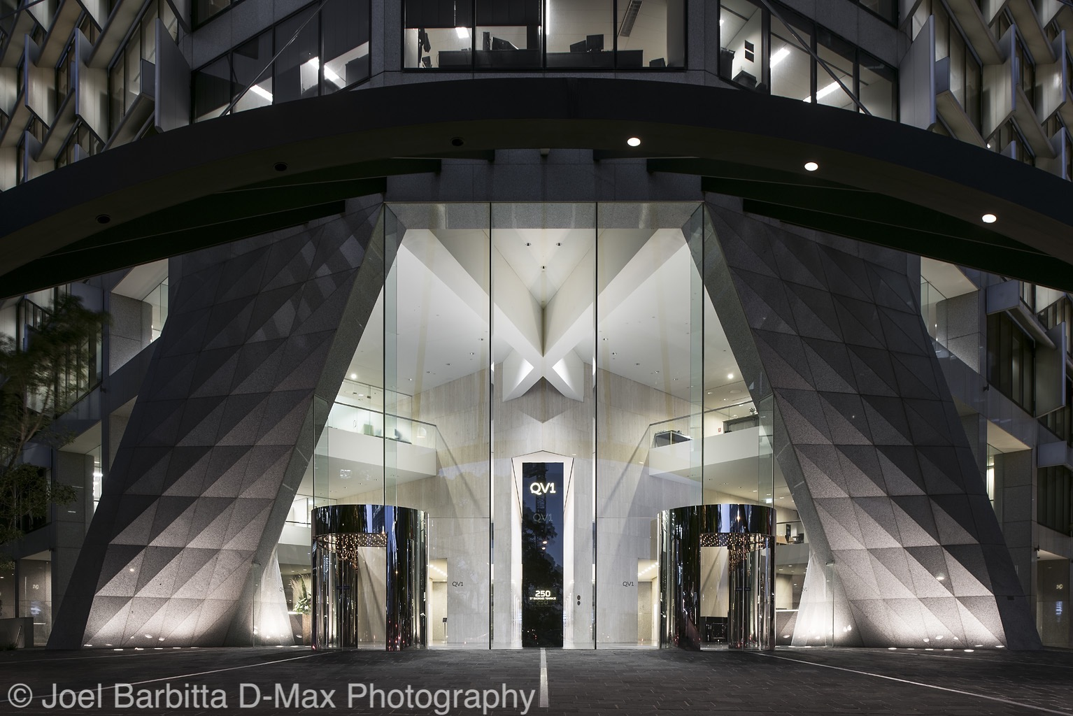 Dmax-QV1-002.jpg