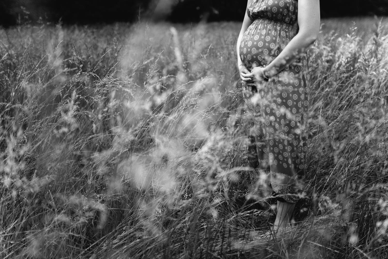 tall grass field maternity-greenville sc maternity photographer