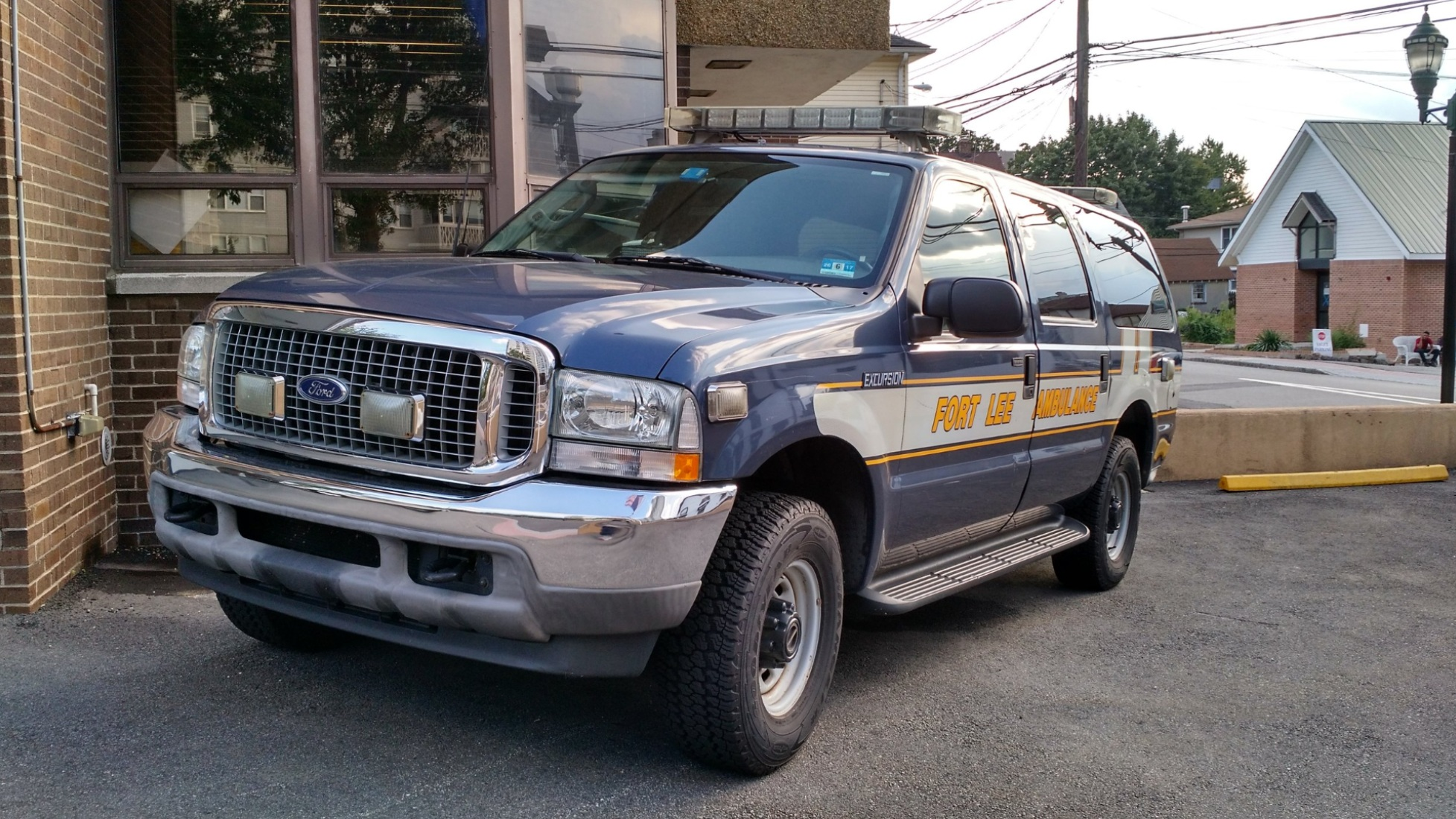 FLA-5 | 2003 Ford Excursion XLT