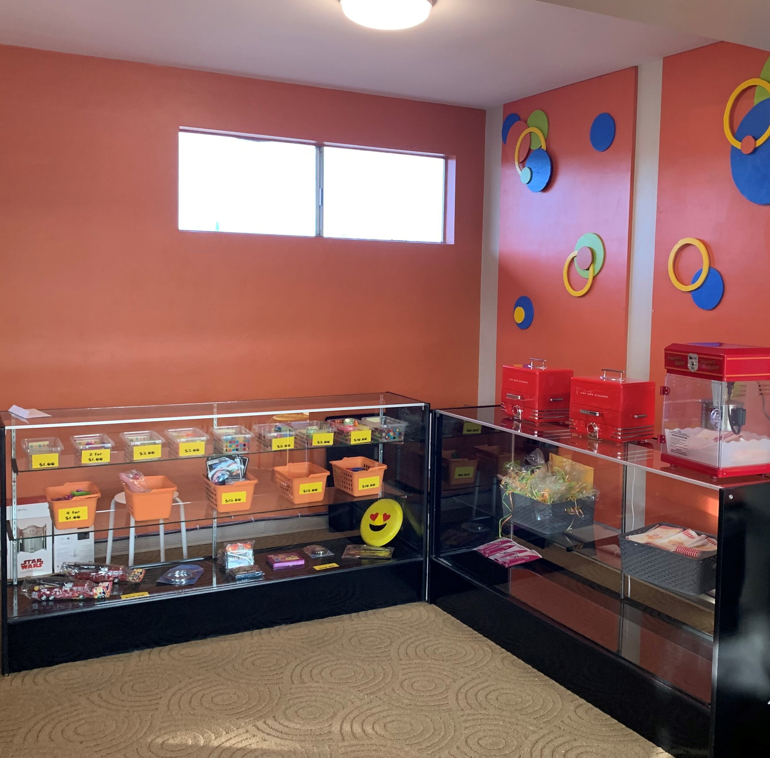Kid's Store & Cafe