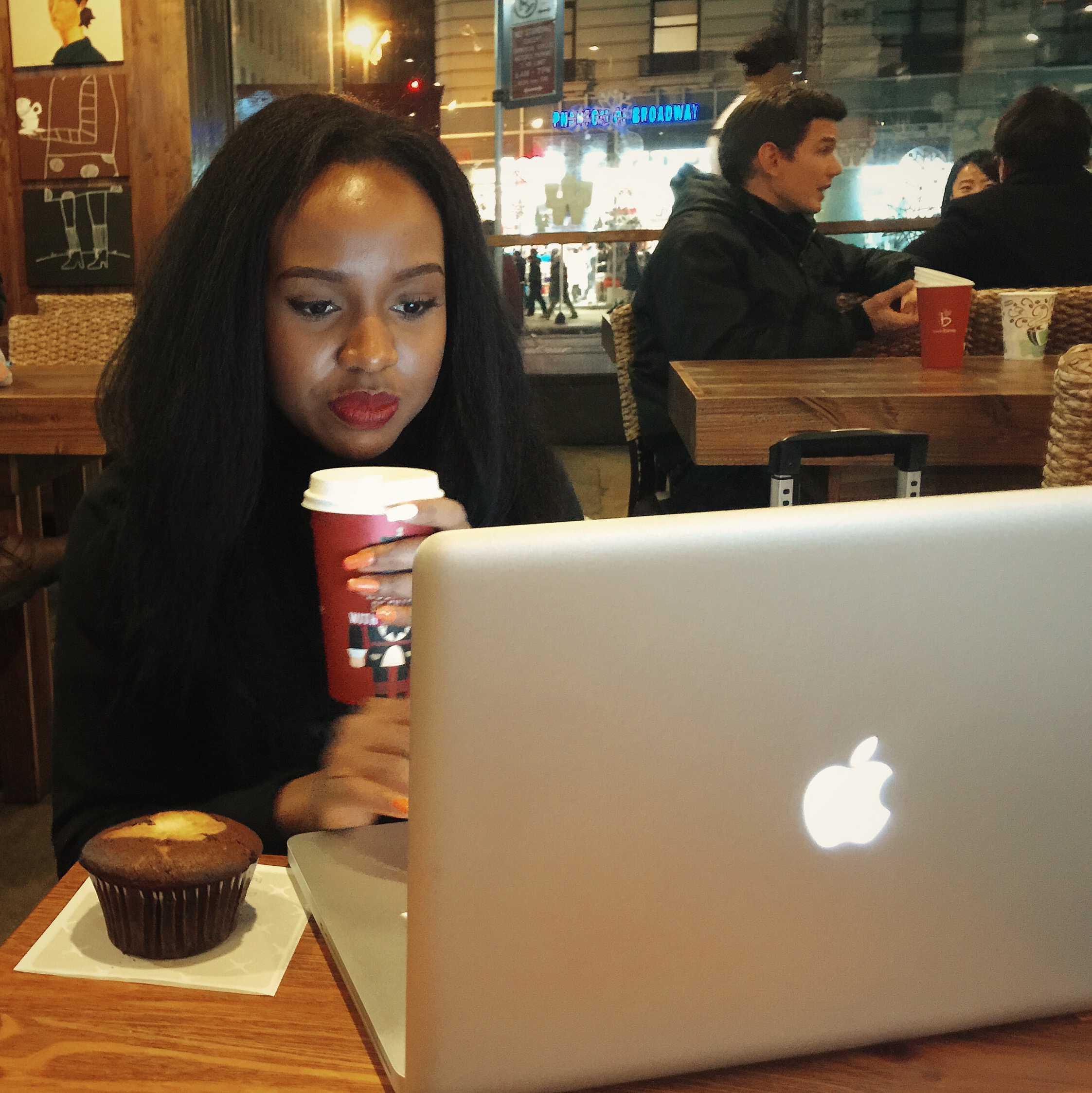 Blogging at CafeBene. There's nothing quite as wholesomeas earthy, cozy andheartycoffee shops!