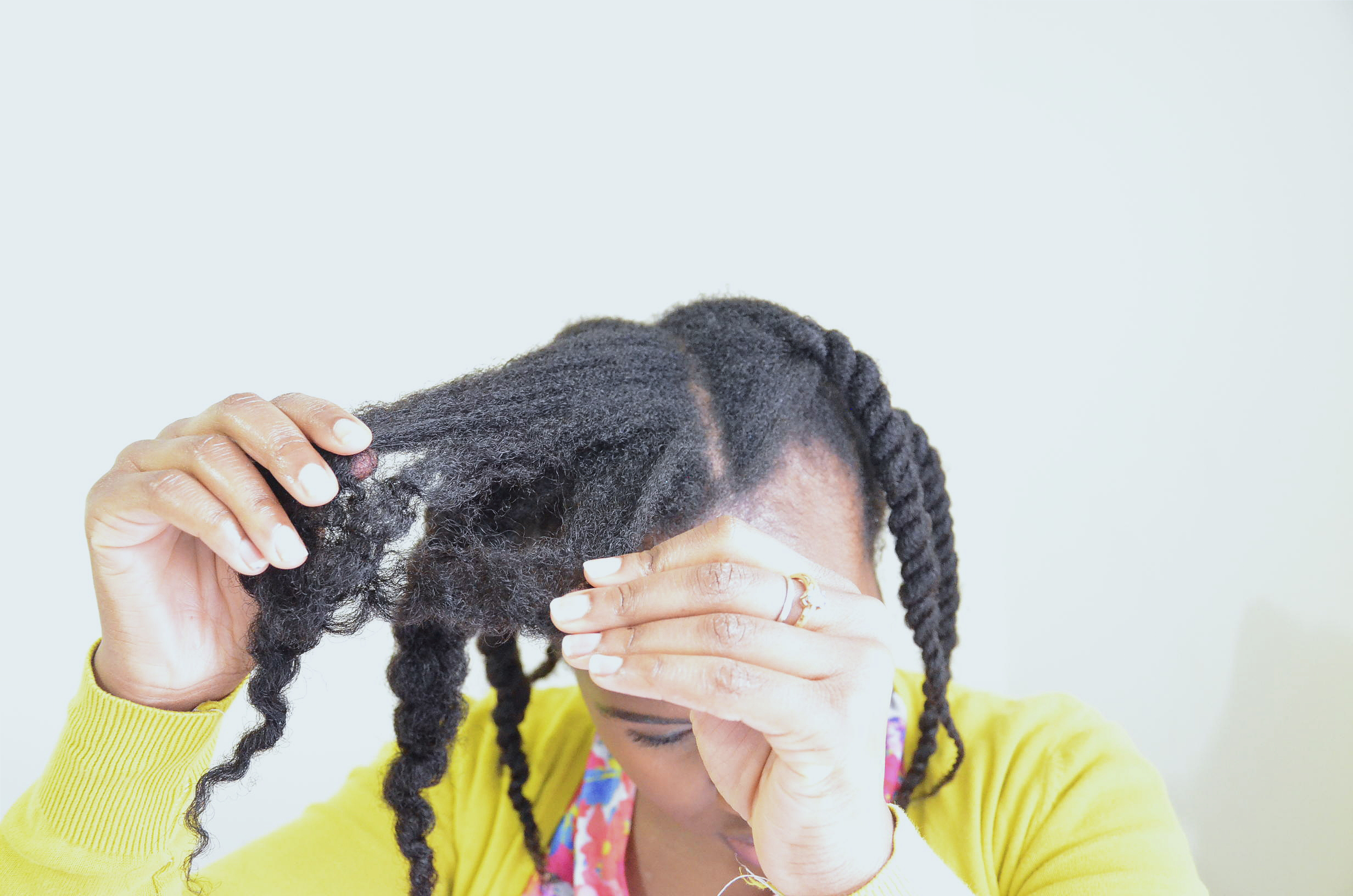 How to detangle natural hair (video)
