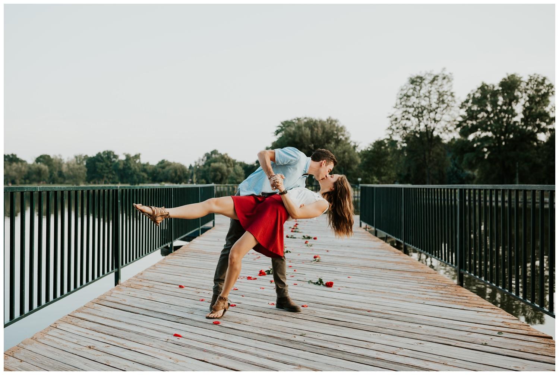 MatthewLaurel-WashPark-Engagement_0031.jpg