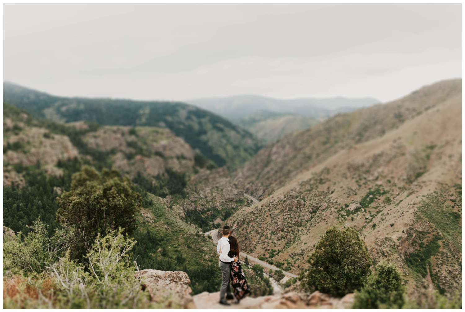 FionaEric-Golden-Lookout-Mountain-Engagement_0024.jpg