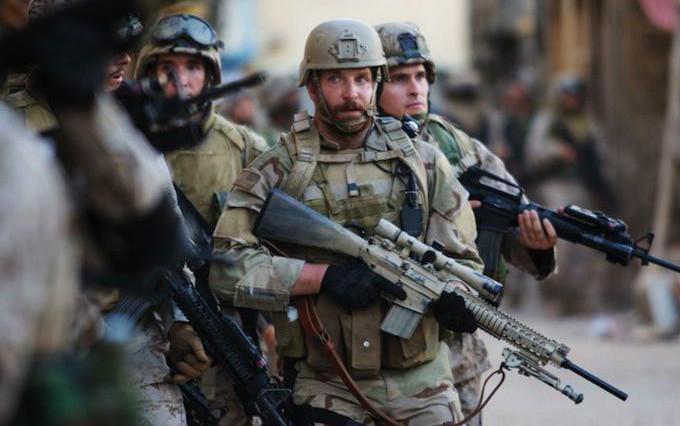 Bradley Cooper in American Sniper (Image © Warner Bros. Pictures).