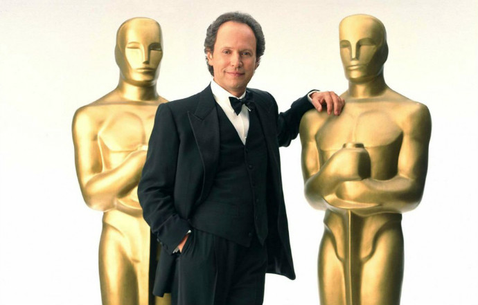 These Oscars are regular size (Image © AMPAS).