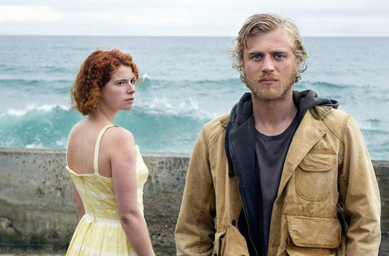 Jessie Buckley, and Johnny Flynn (Image © 30 West)