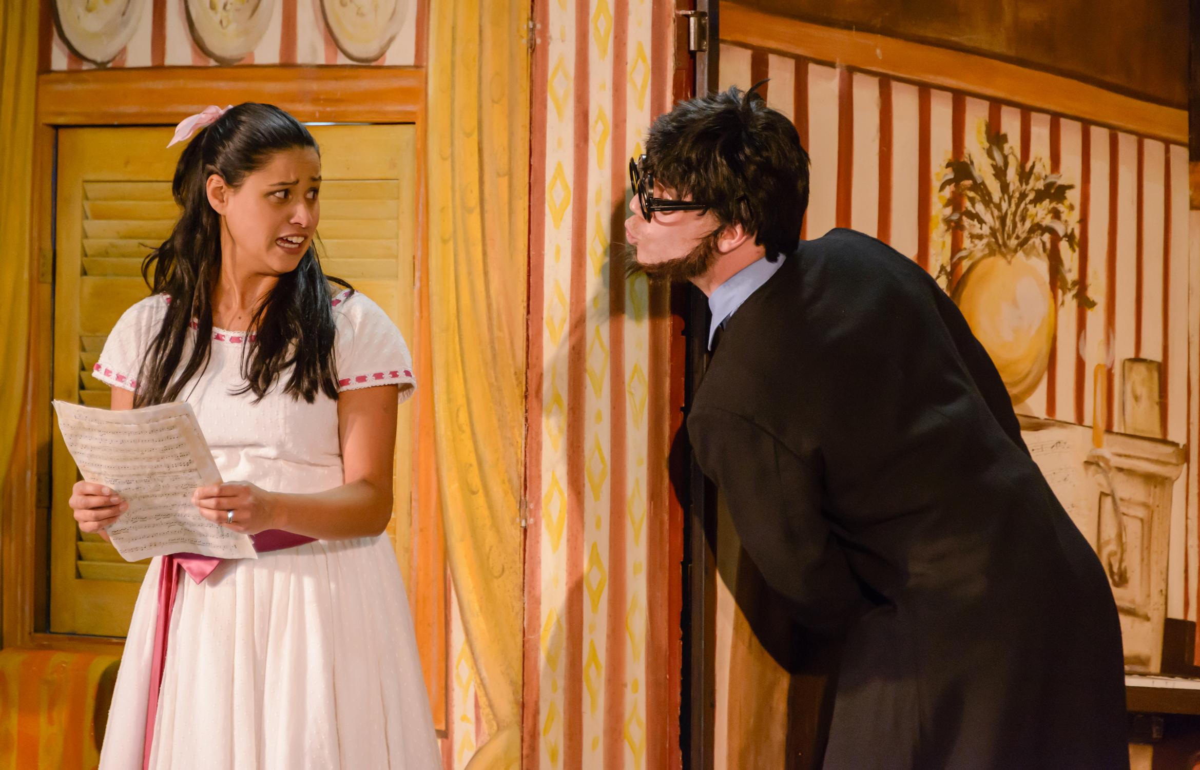 Stacey Alleaume as Rosina, Nicholas Jones as Count Almaviva. Photo:©Albert Comper