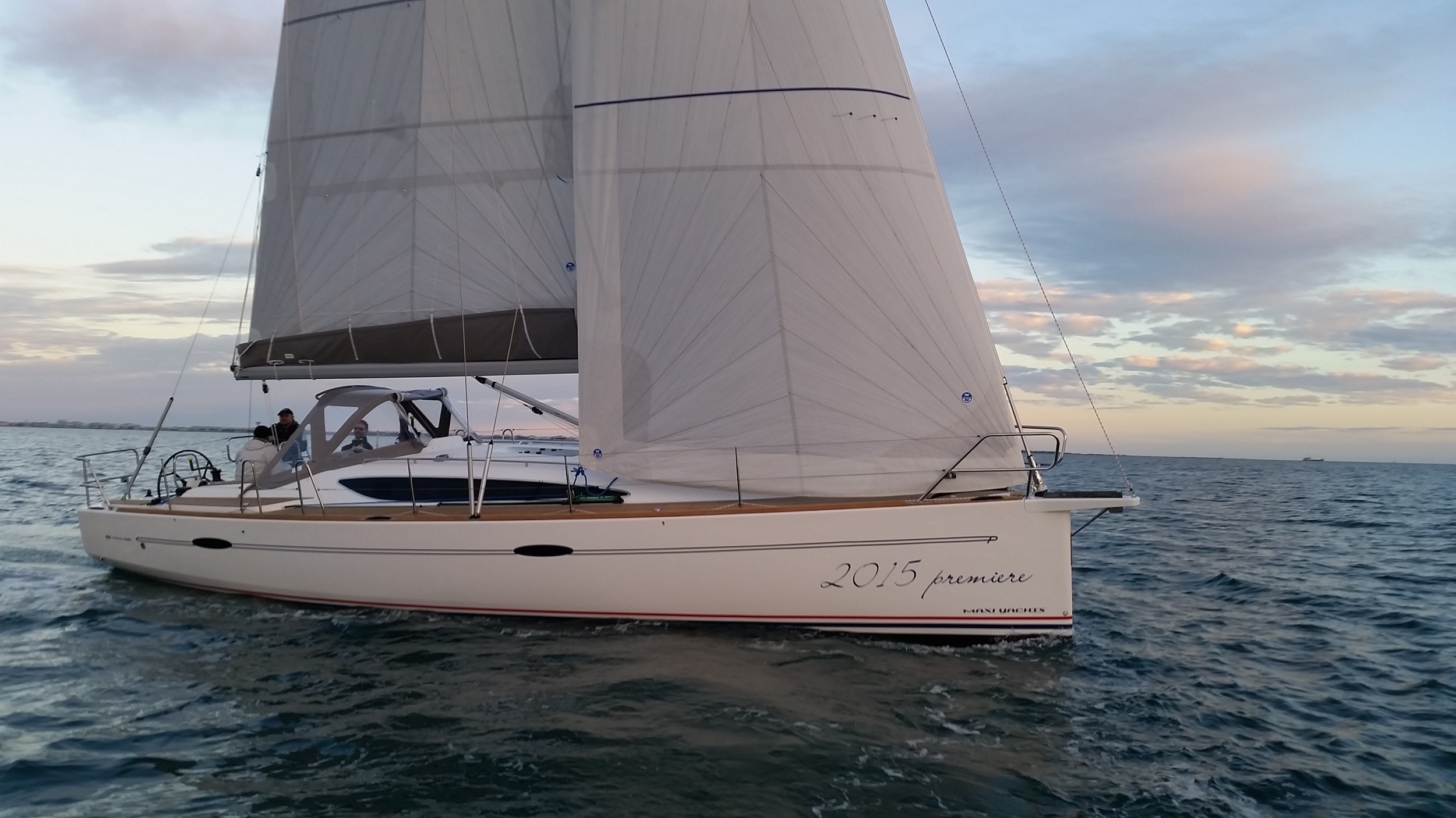 Maxi Yachts New 1200 - Regatta Yachting