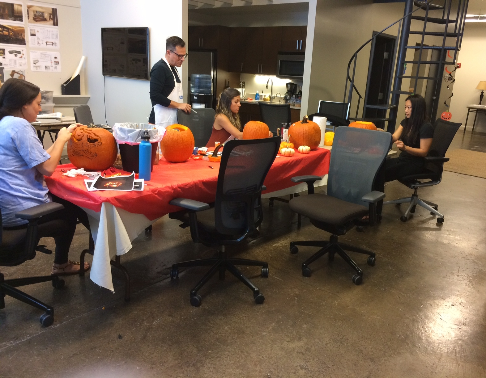 Annual Pumpkin Carving Competition 2016